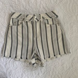 TopShop Moto mom Shorts sz 4